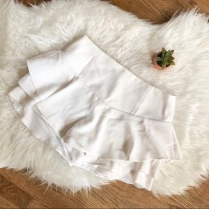 ZARA White short/ Skirt (skort)